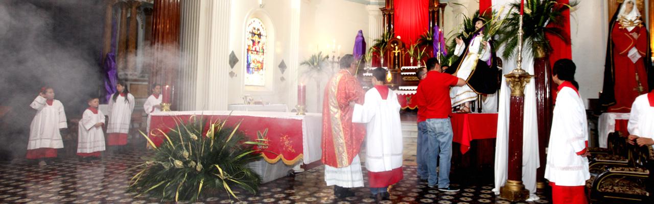 Altár de la Basílica 2015